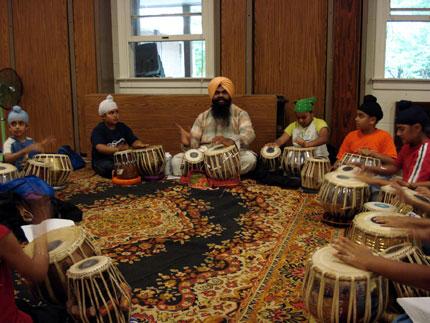 Bhai Rajinder Pal Singh teaching tabla